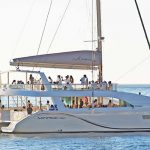 A highlight for incentive groups – a catamaran tour on the MIRAGE